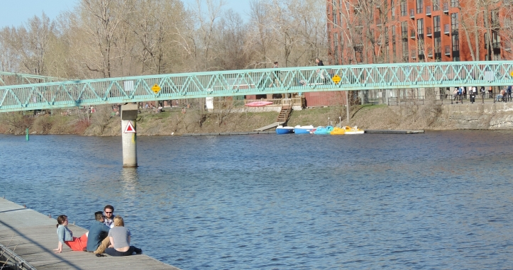 la petite bourgogne mes quartiers. Black Bedroom Furniture Sets. Home Design Ideas