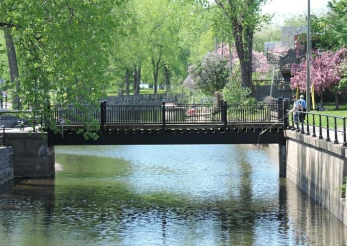 Vieux Canal 10