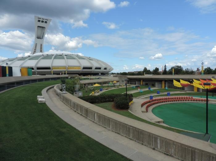 Esplanade du Stade Olympique (1)