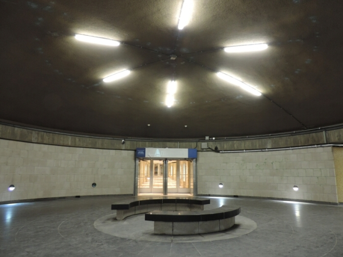 05 metro Square Victoria (2)