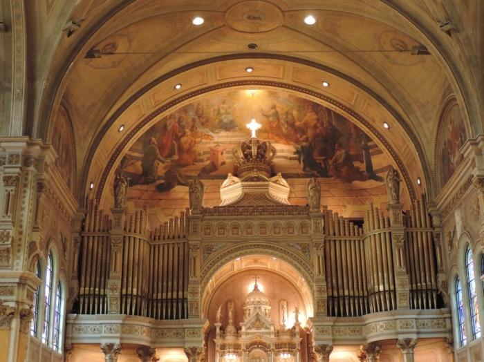 13 Eglise Tres-Saint-Nom-de-Jesus (6)