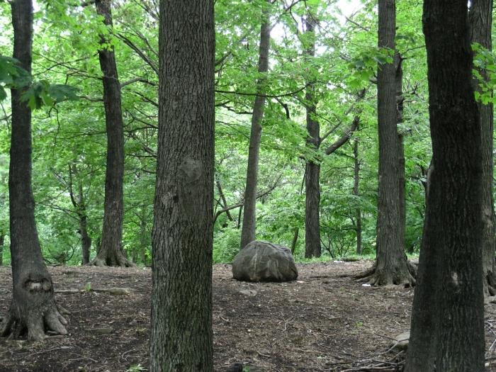 13 Parc Pie XII et caverne de St Léonard (1)