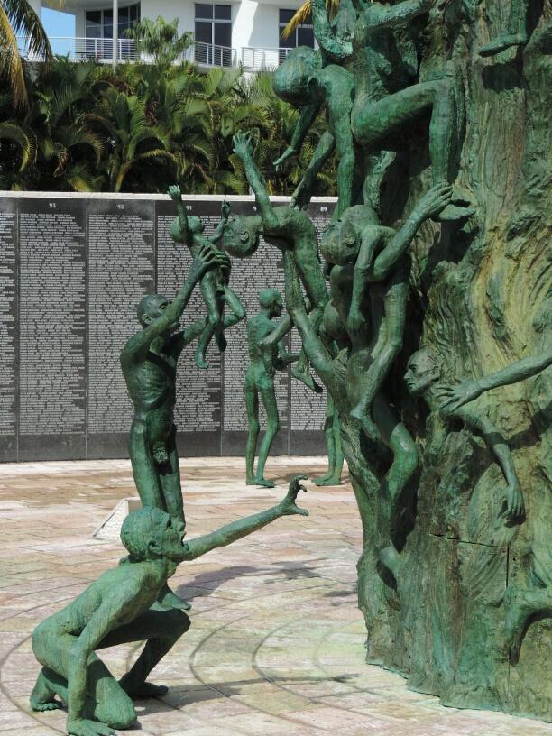 04 Holocaust Memorial (4)