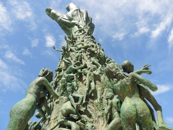 04 Holocaust Memorial (7)