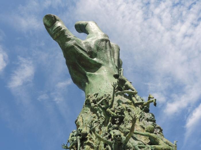 04 Holocaust Memorial (8)