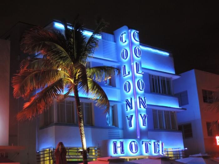 08 Colony Hotel (2)