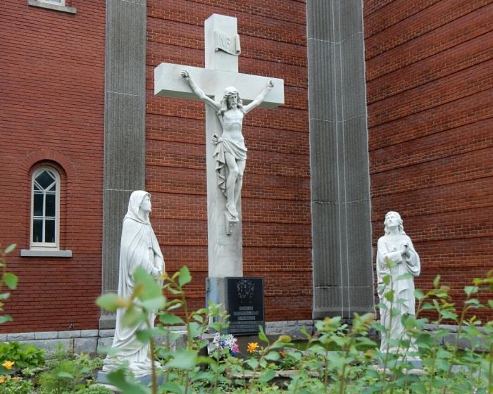 06 eglise Notre Dame de la Defense (3)