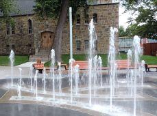 fontaine (12) Place du Village de la Pointe-aux-Trembles