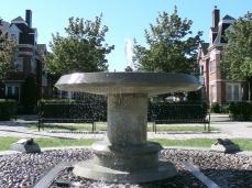 fontaine (6) Square Gauguin