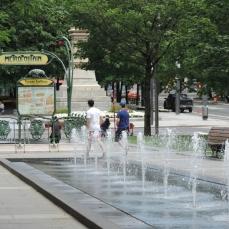 fontaine (34) Square Victoria